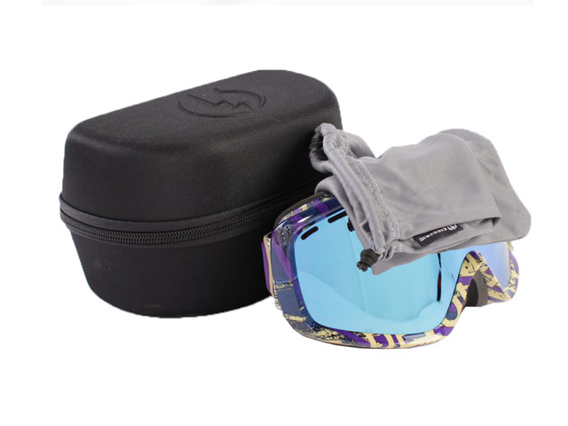 Electric cheap EVA ski goggle pouch polyester coated with embossed logo Heavy duty zip closure with clean cloth inside