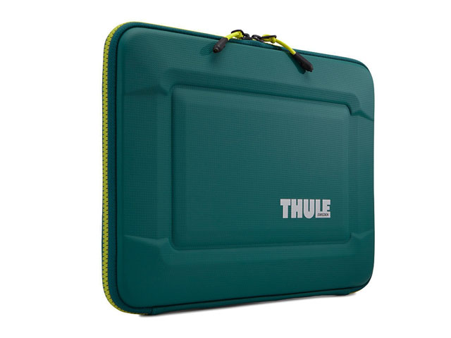 Thule hard shell laptop bag with clamshell design rigid exterior and Padded interiorand enhanced corner protection