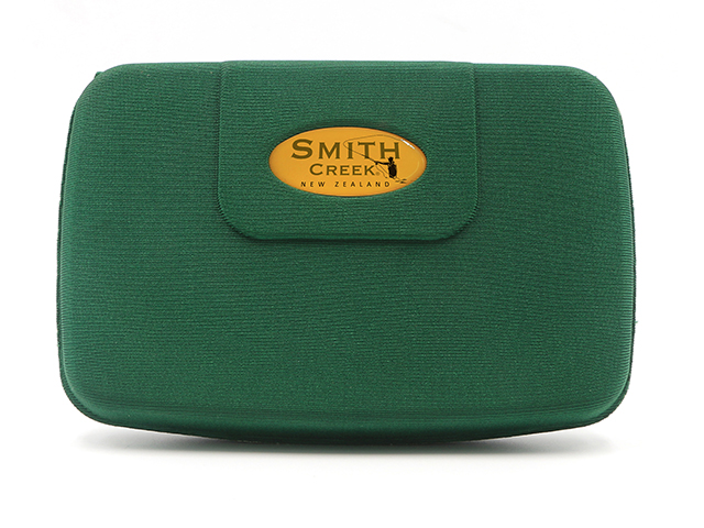 fly fishing fly box for SMITH CREEK with strong magntic buttons closure