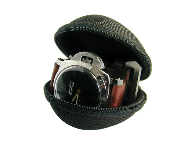 Zippered EVA watch holder box for men coated with heavy duty nylon metal plate logo various colors